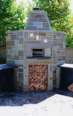 Wood fired oven installation with Pennsylvania blue ston